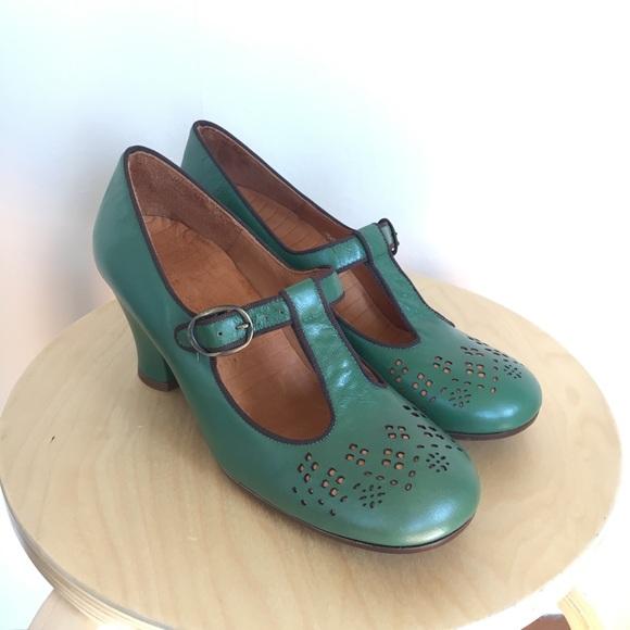 Chie Mihara Size 4 Emerald Green Tstrap